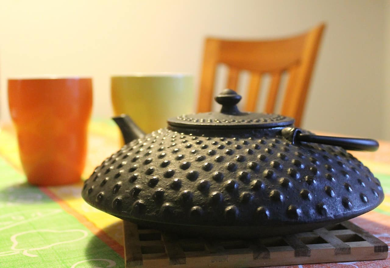 Ways to Remove Rust from Cast Iron Tea Kettle